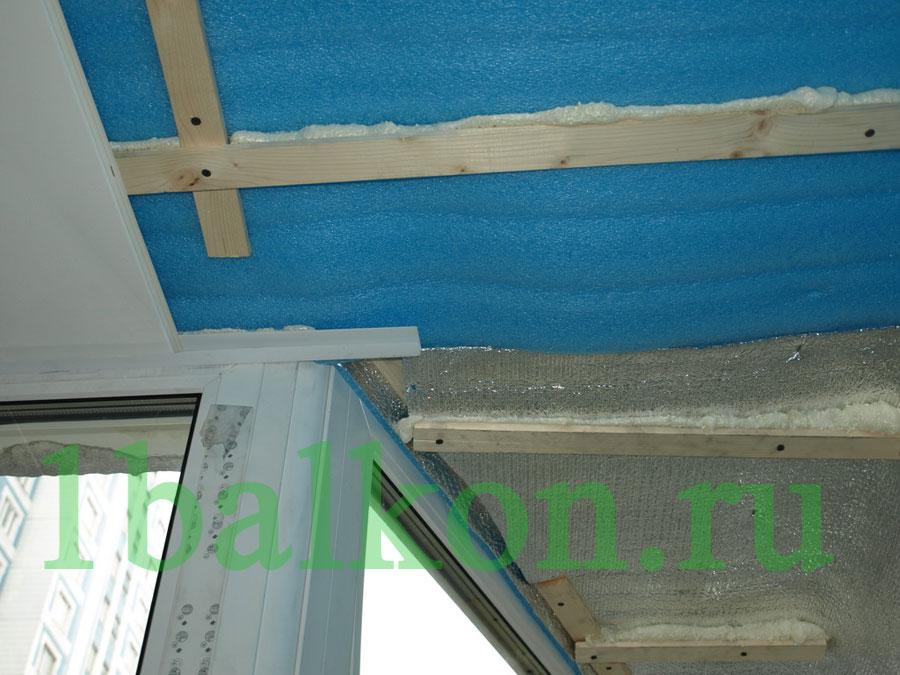 Технология отделки потолка пластиковыми панелями на балконе..